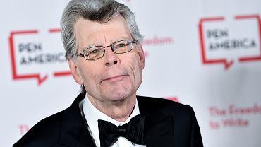 Stephen King wydał właśnie kolejną - po 'Później' - nową powieść. 'Billy Summers' to książka o snajperze z sumieniem. Premiera 3 sierpnia