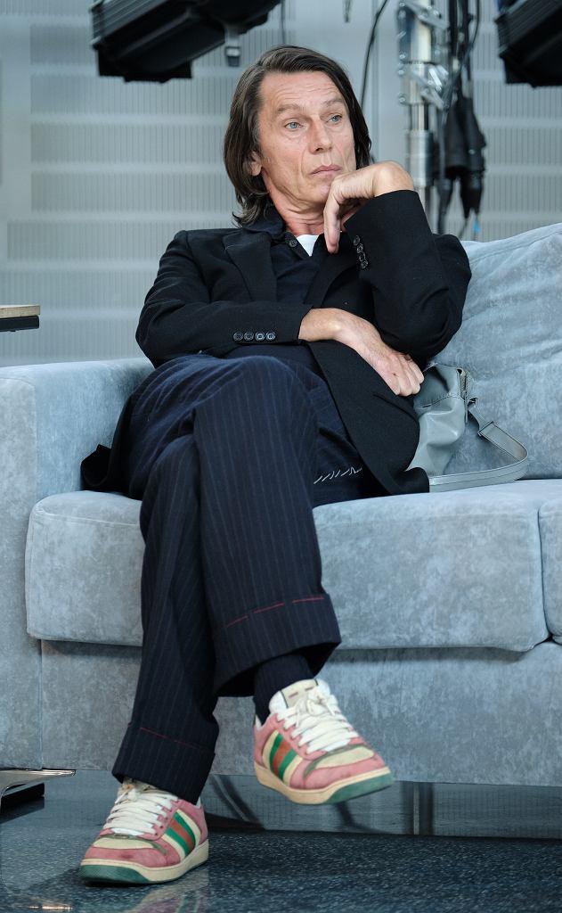 Krzysztof Warlikowski, nonszalancki, z duszą artystyczną i niewymuszonym stylem ubierania