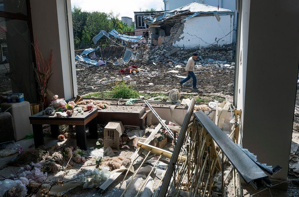 z26379754V,Zniszczony-w-azerskim-ostrzal