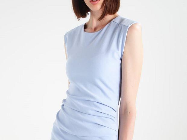 Zdjęcie numer 5 w galerii - Ołówkowa sukienka: modele do pracy i na specjalne okazje
