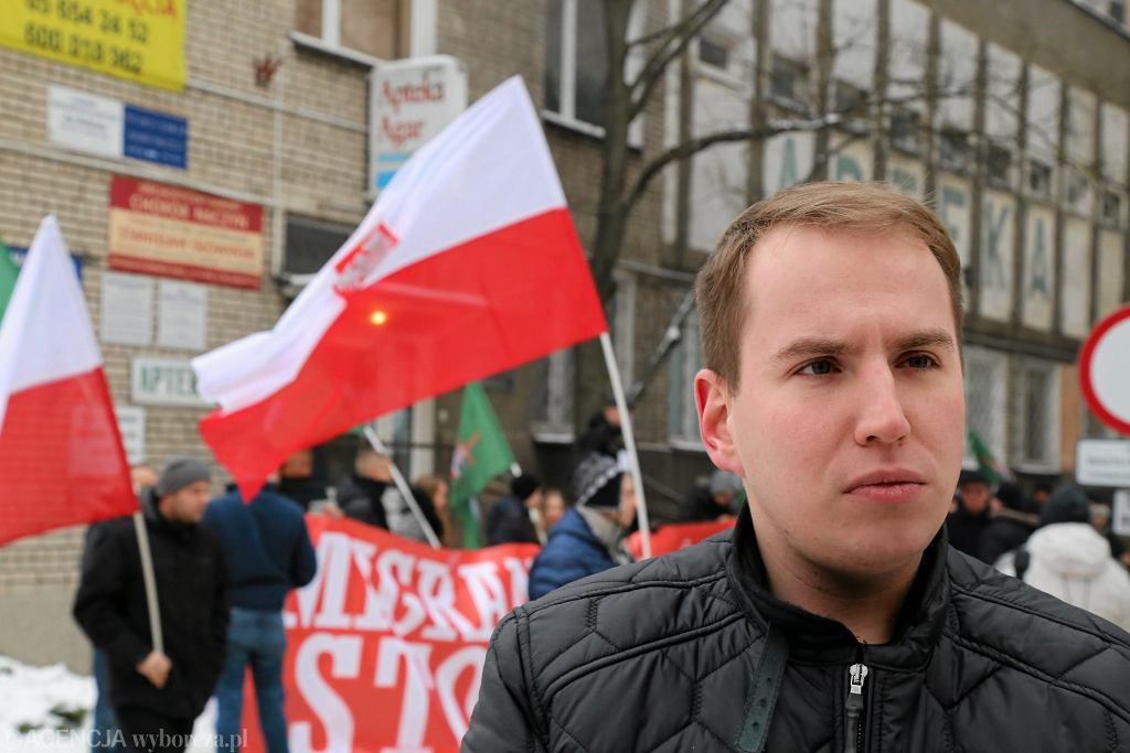 Adam Andruszkiewicz podczas antyimigranckiej demonstracji w Białymstoku, 2016 rok