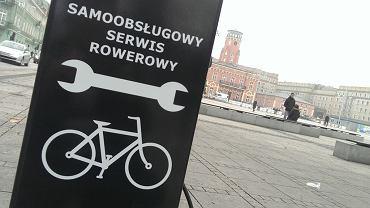 Samoobsługowa stacja napraw rowerów
