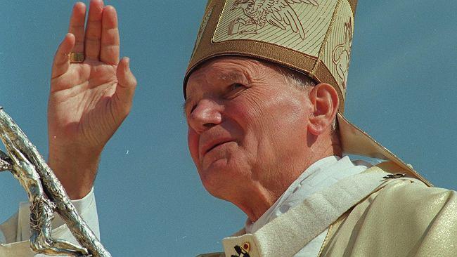 Bronię prawdy, a nie Jana Pawła II. Wielkość tego pontyfikatu przed sądem historii obroni się sama