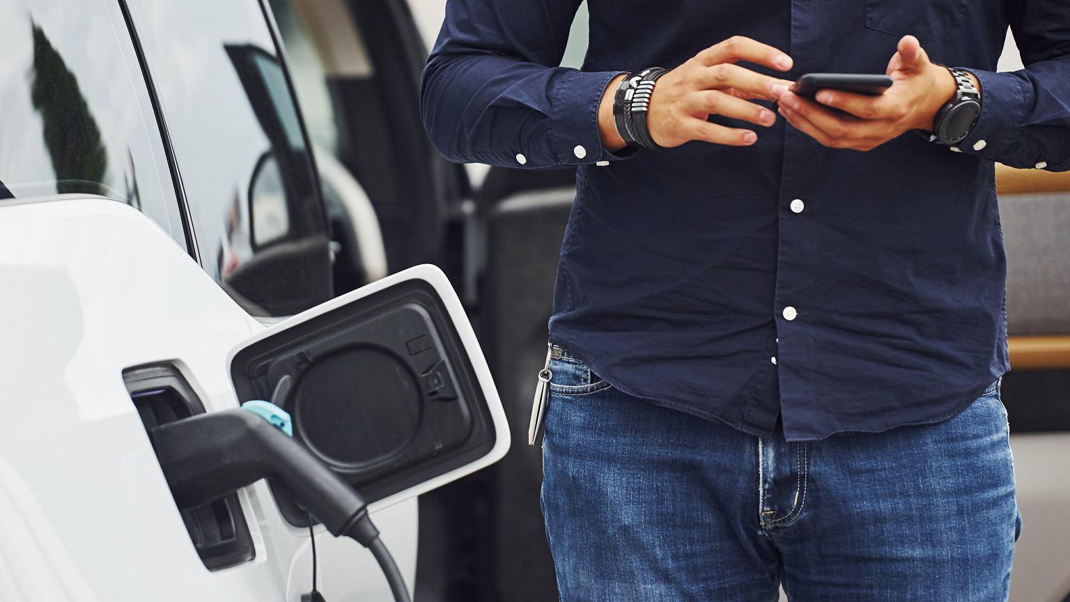 Obsługa samochodu elektrycznego nie musi być skomplikowana