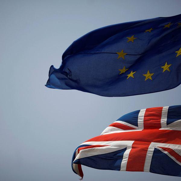 Brexit. W praktyce ustalenie, który z obywateli 27 państw UE rezydował legalnie w Zjednoczonym Królestwie przed Brexitem, byłoby trudne - czytamy w notatce komisji Parlamentu Europejskiego, do której dotarł 'The Observer'
