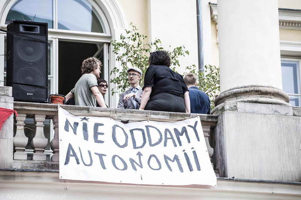 Ustawa 2 0 Jarosława Gowina  Protest studentów na UW