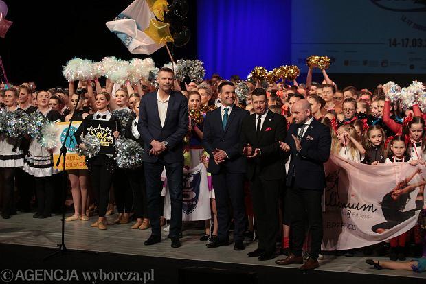 Zdjęcie numer 31 w galerii - Cheerleaderki rywalizują w Kielcach. Bo taniec nie jedną ma twarz [ZDJĘCIA]