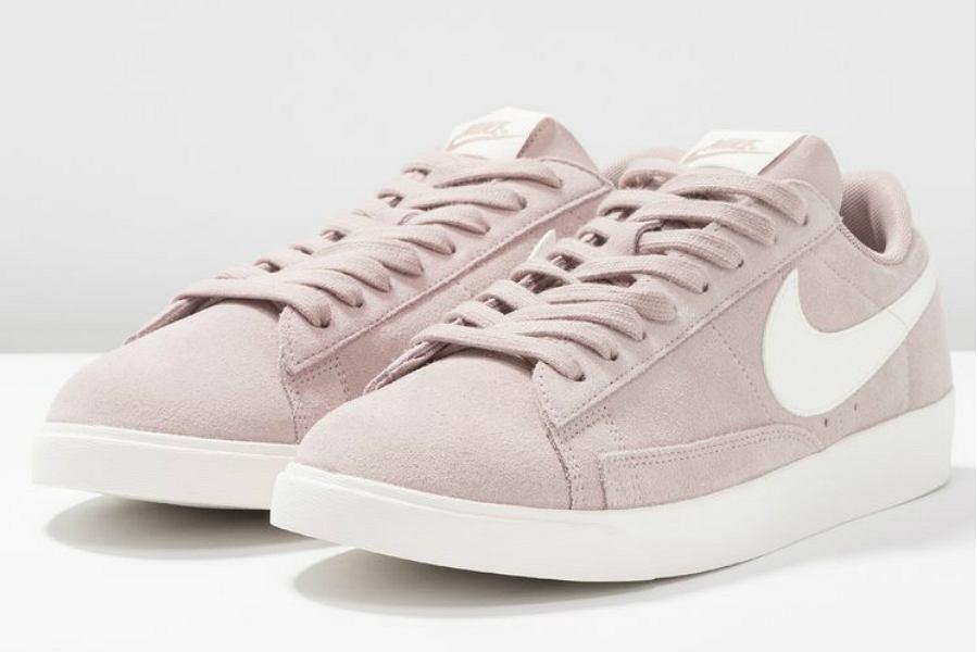 pastelowe buty sportowe Nike
