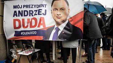 Zbieranie podpisów poparcia dla Andrzeja Dudy, Lublin.