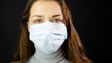 Koronawirus: niewłaściwie używana maseczka nie chroni przed zakażeniem