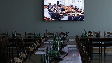 W Senacie trwa debata, 30.03.2020