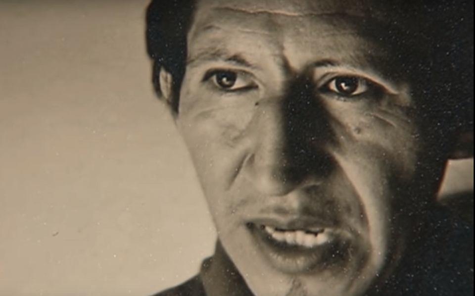 Benjamin Mendoza (1933-2004) - boliwijski malarz surrealista cierpiący na zaburzenia psychiczne, który 27 listopada 1970 roku usiłował zabić papieża Pawła VI podczas jego pobytu w stolicy Filipin, Manili.