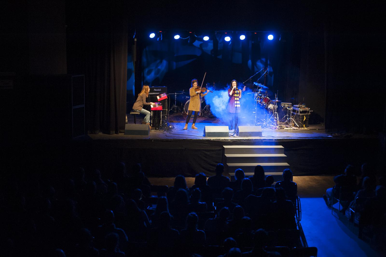 Zespół Lor podczas grudniowego koncertu w krakowskiej Rotundzie  (fot. studioNE.pl)
