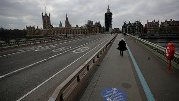 Wielka Brytania utrzymuje twardy lockdown