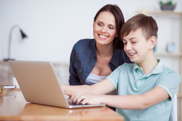 Platformy edukacyjne dla dzieci. Nauka online na każdym poziomie