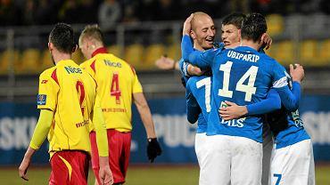 Znicz Pruszków - Lech Poznań 1:5 w pierwszym meczu 1/4 Pucharu Polski