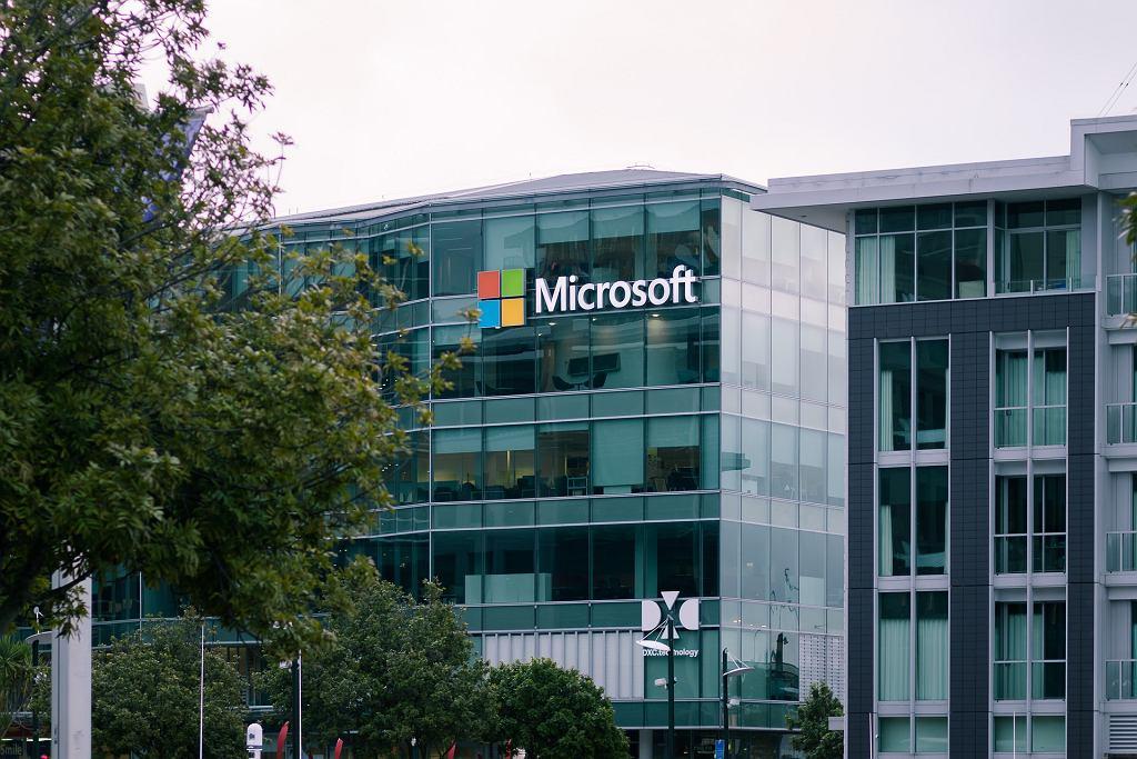 Microsoft zainwestuje miliard dolarów w Polsce