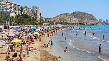 Alicante przez cały rok przyciąga tłumy turystów