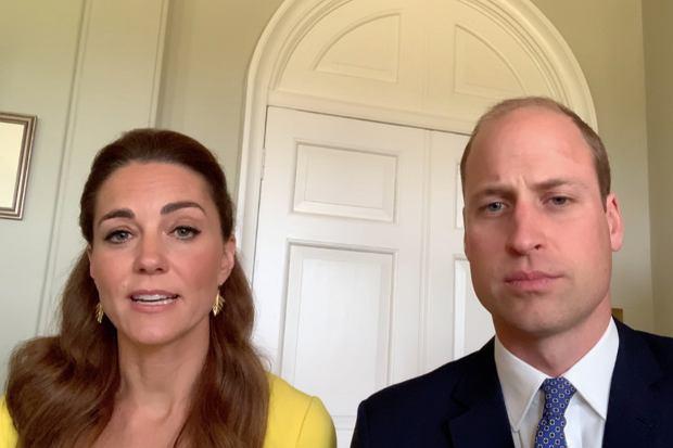 Księżna Kate i książę William zwrócili się do strażaków i wolontariuszy, którzy walczyli kilka miesięcy temu z pożarami w Australii. Żona przyszłego króla zdecydowała się na piękny gest.