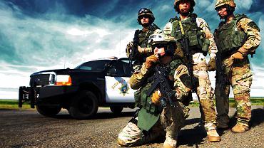 Jeszcze policja, czy już wojsko? Funkcjonariusze oddziału SWAT policji stanu Kalifornia