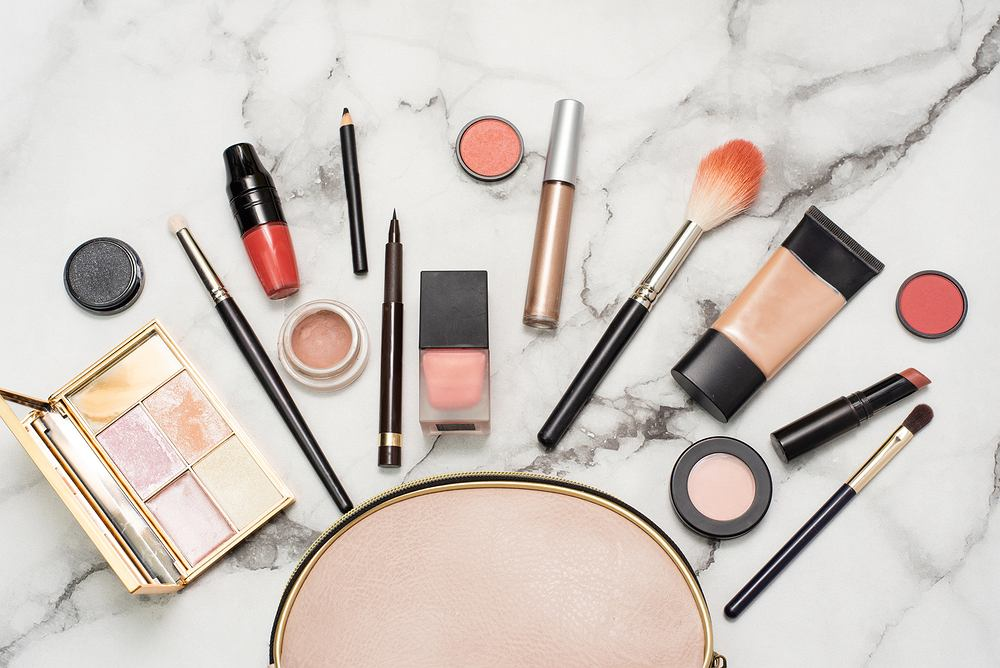 jak sprawdzić czy kosmetyk jest przeterminowany przeterminowane kosmetyki uroda 2020
