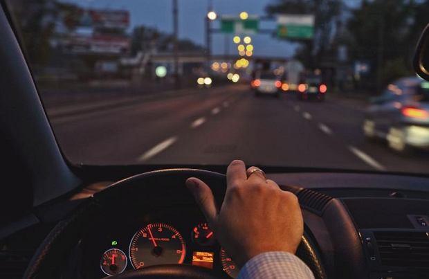 o rozsądnej cenie niesamowite ceny gorące wyprzedaże KIERUNKOWSKAZ A OMIJANIE - Wszystko o samochodach i ...