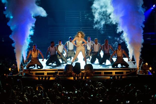Gdansk 27.09.2012 r. Koncert amerykanskiej piosenkarki Jennifer Lopez na PGE Arenie w Gdansku. Fot. Lukasz Dejnarowicz / FORUM