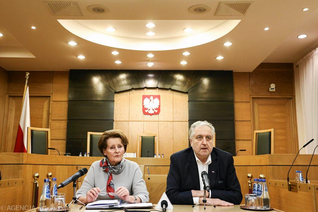 Trybunał Konstytucyjny - prezes Andrzej Rzepliński i sędzia Sławomira Wronkowska-Jaśkiewicz