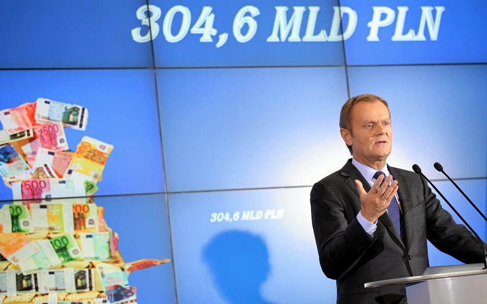 19.11.2013, Warszawa, premier Donald Tusk na konferencji prasowej.