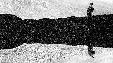 Zdjęcie z fotoreportażu 'Zwałowie', który zajął pierwsze miejsce w zeszłorocznej edycji 'Obiektywnie Śląskie'. Jego autorką jest Sylwia Dwornicka