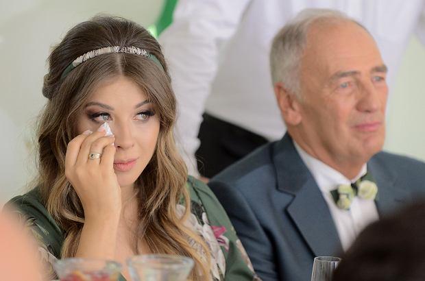 Karol Strasburger niedawno ożenił się ze swoją partnerką, która jest od niego młodsza o 37 lat. Teraz Małgorzata Strasburger wyznała, jak radzi sobie z hejtem i za co pokochała swojego męża.