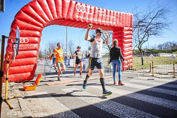 Zdjęcie numer 27 w galerii - Otwarcie sezonu biegowego w Łodzi.