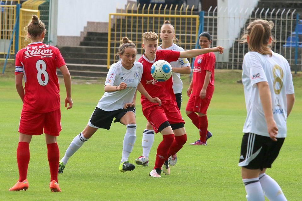 Pierwsza liga piłkarek nożnych: TKKF Stilon Gorzów - Sportowa Czwórka Radom 2:5 (1:2)