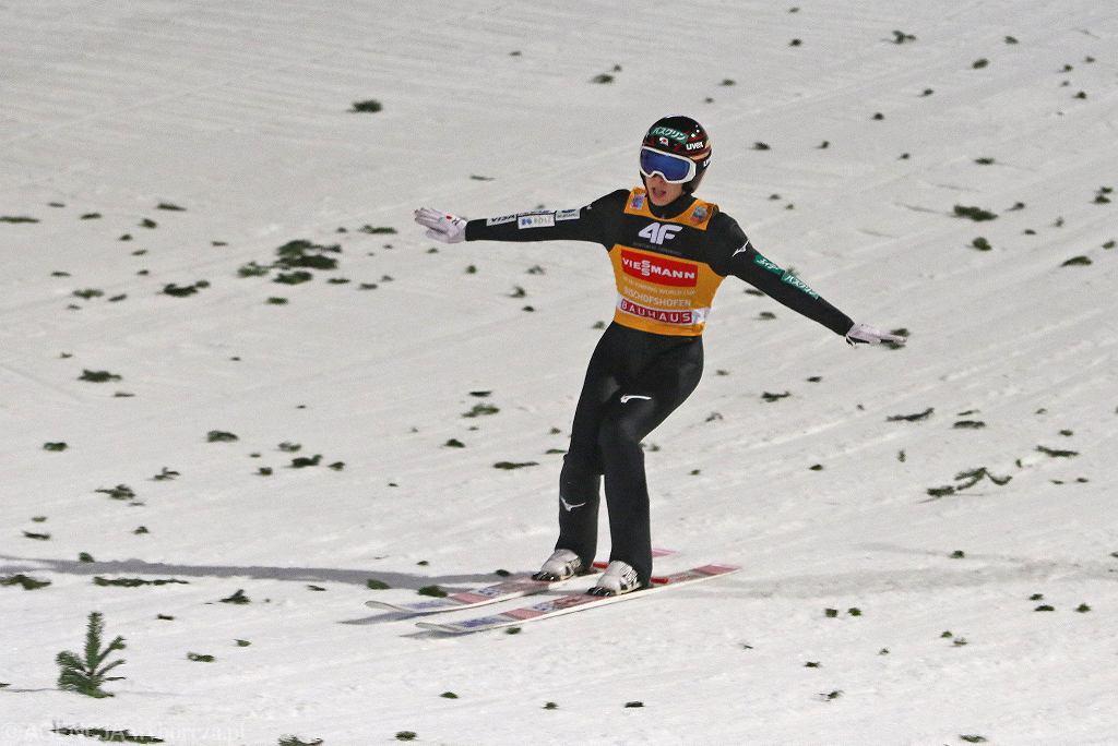 Zdjęcie numer 3 w galerii - Skoki narciarskie. Ryoyu Kobayashi znokautował w PŚ w Predazzo. Dwóch Polaków na podium!