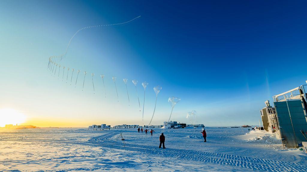 Naukowcy NOAA monitorujący stan dziury ozonowej nad Argentyną