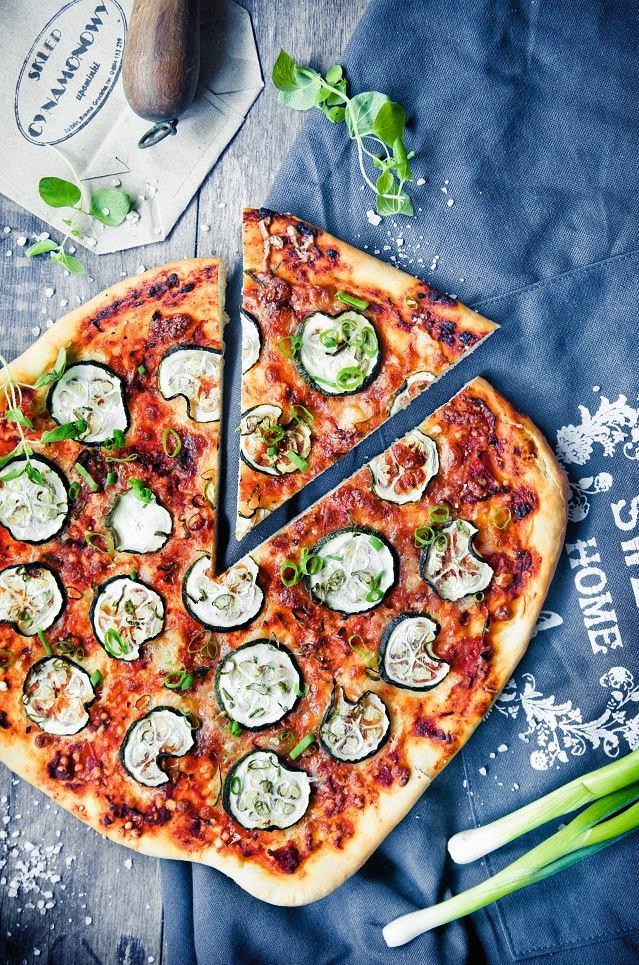 Pizza - Trzy sery z cukinią