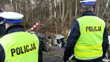Audi w stawie w Ciborzu. Nie żyje pięć osób