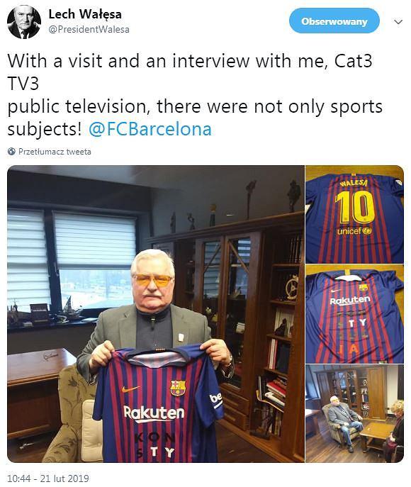 Lech Wałęsa gości w Katalonii. Otrzymał koszulkę FC Barcelony
