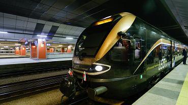 Pociąg Leo Express na stacji w Krakowie
