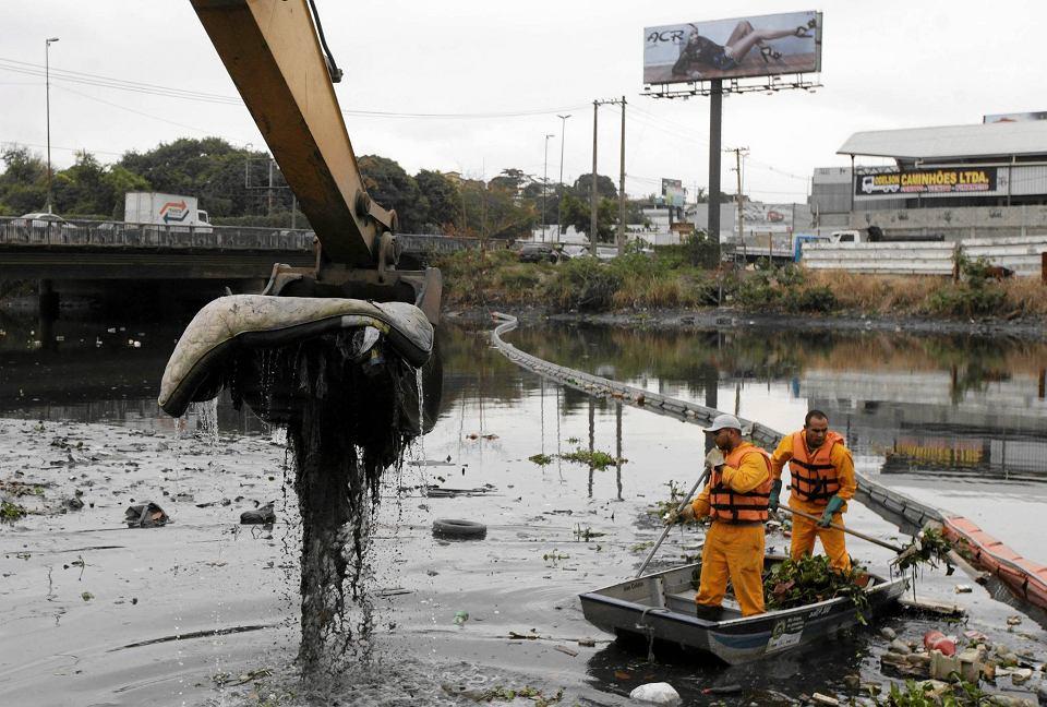 Zdjęcie numer 0 w galerii - Rio 2016. Dwa tygodnie do igrzysk, a wody nadal strasznie zanieczyszczone!