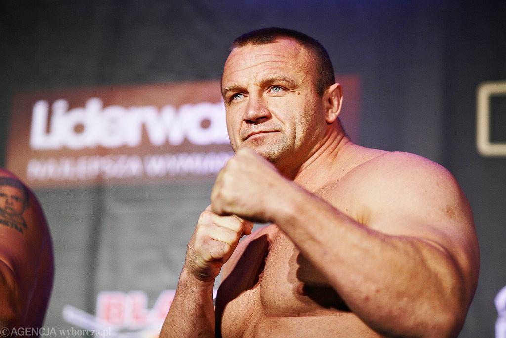 Mariusz Pudzianowski powoli staje na nogi po ciężkiej kontuzji