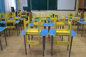 Kiedy klasy 1-3 wrócą do szkoły? Wirusolog prof. Gut: Na tę chwilę nie widzę szans, aby otworzyć szkoły