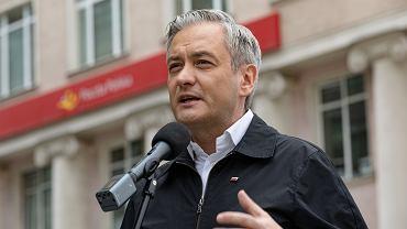 Biedroń złożył trzy wnioski do CBA ws. Szumowskiego