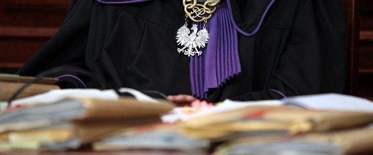 Prawnik o procedurze ubezwłasnowolnienia: Sądy decydują na wyrost
