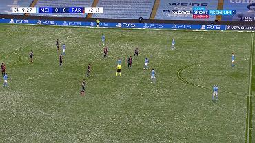 Manchester City - PSG na śniegu