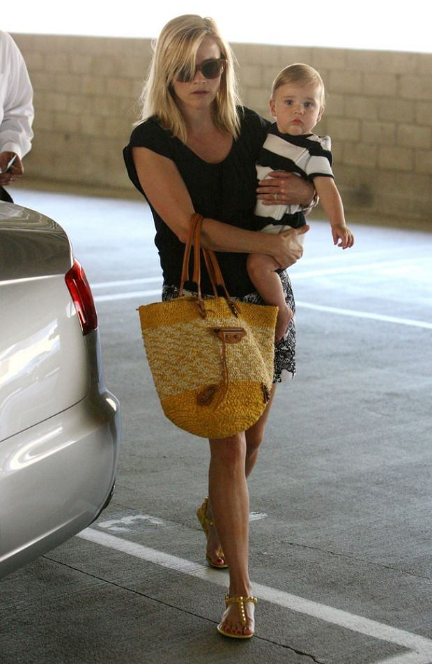 Reese Witherspoon, syn, Tennessee