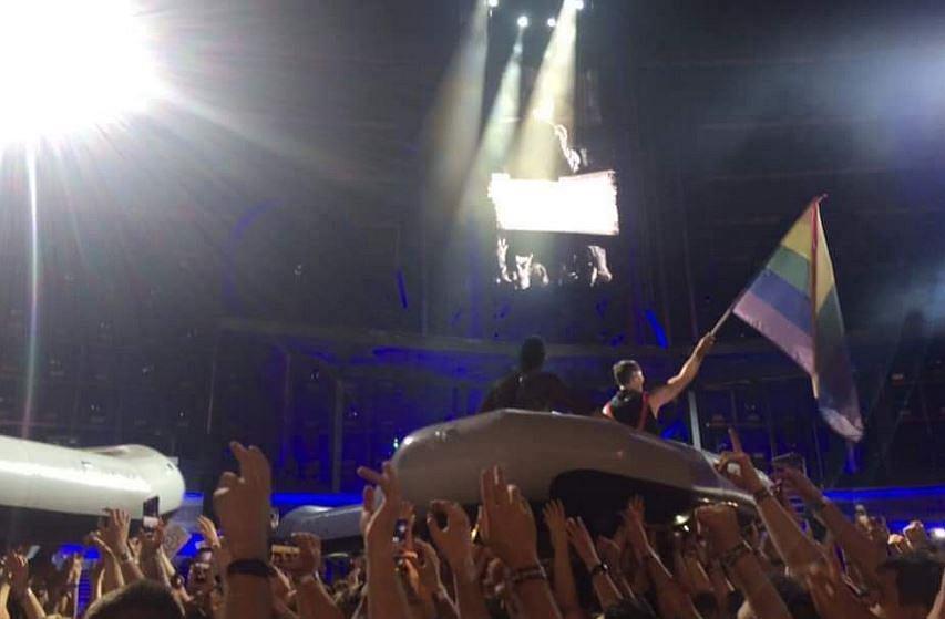 Podczas koncertu w Chorzowie muzycy Rammstein pojawili się z tęczową flagą