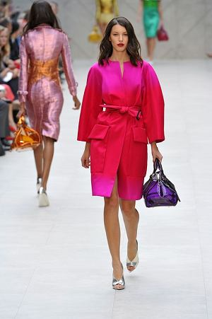 Burberry RTW Spring Summer 2013 London Fashion Week September 2012  PHOTO: EAST NEWS / ZEPPELIN