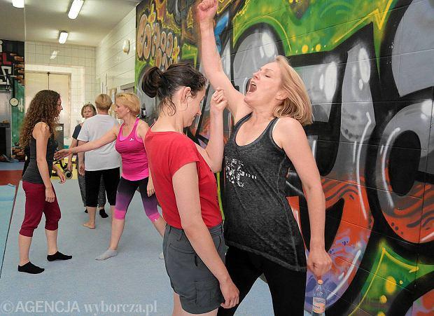 Kobiety na treningu samoobrony
