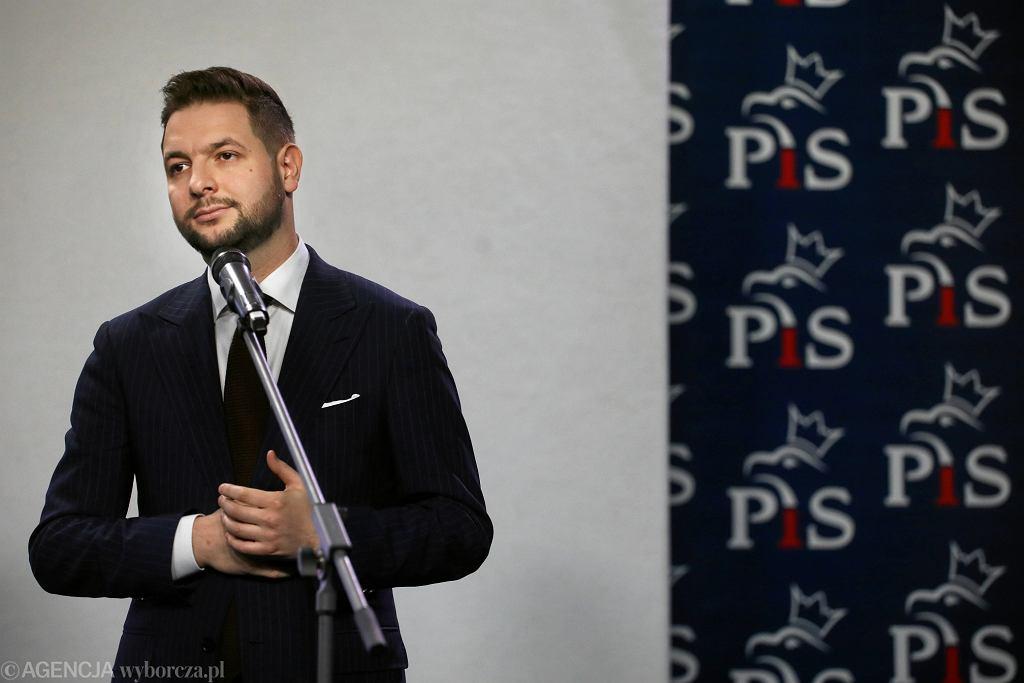 Wybory samorządowe 2018. Patryk Jaki apeluje do Warszawiaków o dopisanie się do rejestru wyborców